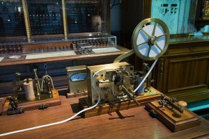 1844-invention-of-the-telegraph.jpg